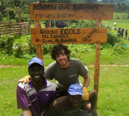 Sombrereria Albiñana en Uganda
