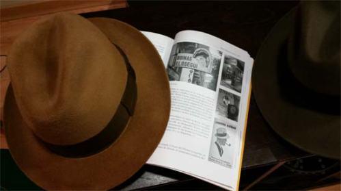 Historia del comercio y de los comerciantes de Oviedo