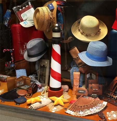 Mar y Sombreros
