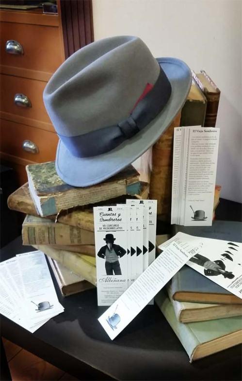 Marcalibros con Sombrero